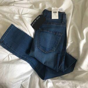 Fashionnova Classic High Waist Jeans Size 3